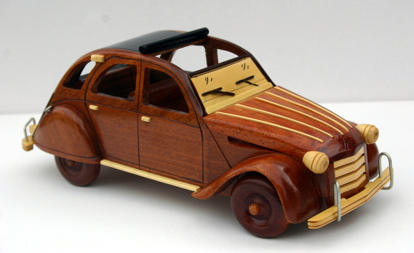 figurines en bois aux essences naturelles maquette en bois 2 cv site de ecommerce par itis. Black Bedroom Furniture Sets. Home Design Ideas
